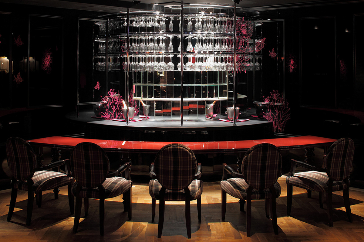 wine & bar b-noir【ビーノワール】(六本木)の店内画像